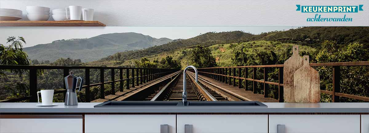 I_am_a_train_Keukenprint
